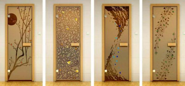 Дверь в парную - ТОП-5 моделей, как сделать своими руками