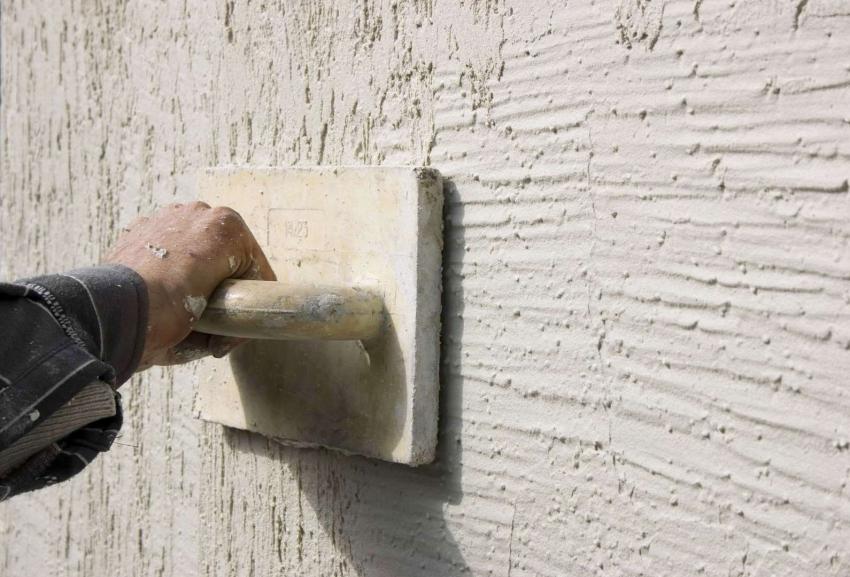 Фасадная штукатурка для наружных работ: отличительные особенности материала