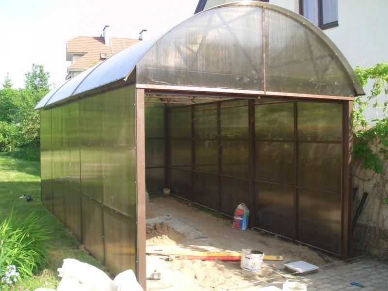 Как построить гараж из поликарбоната своими руками
