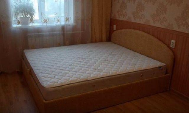 Как сделать кровать своими руками - несколько доступных вариантов