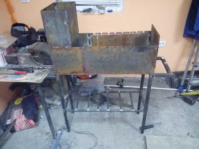 Мангал своими руками - разновидности мангалов, выбор материалов и инструментов, мастер-класс по созданию своими руками