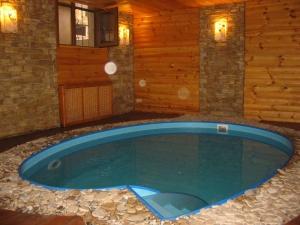 Строительство бани с бассейном из бруса, фото
