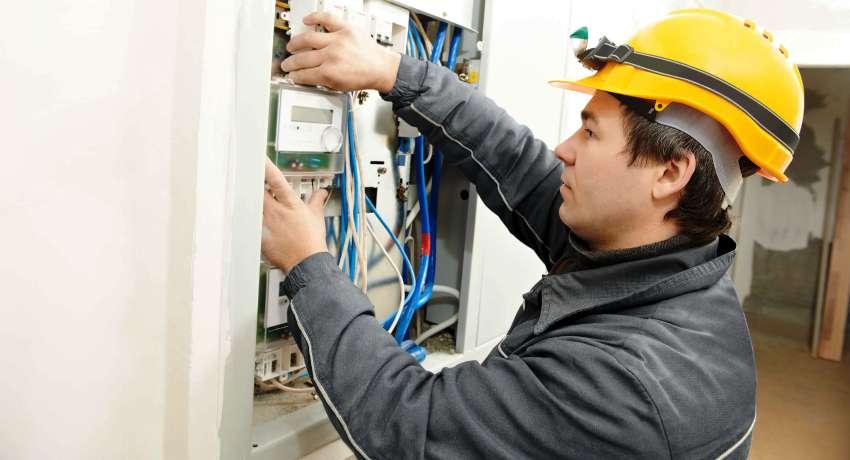 Установка счетчиков электроэнергии: особенности монтажа
