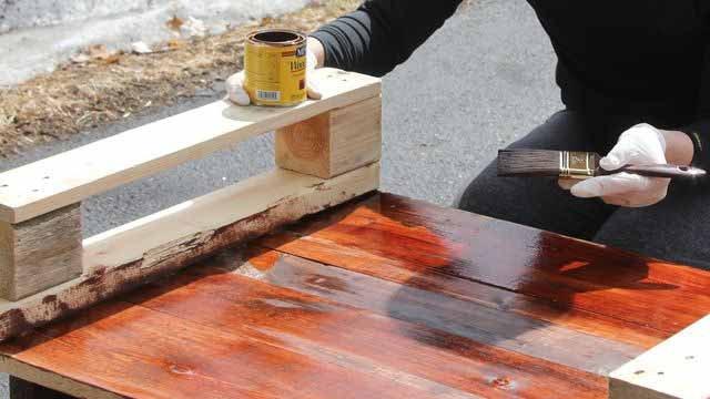 Как сделать скамейку из паллет: скамейка из поддонов своими руками