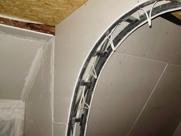 Монтаж потолков своими руками - 105 фото и видео идей постройки и оформления потолочных конструкций