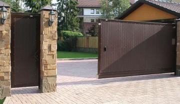 Виды ворот - особенности конструкции, достоинства и недостатки
